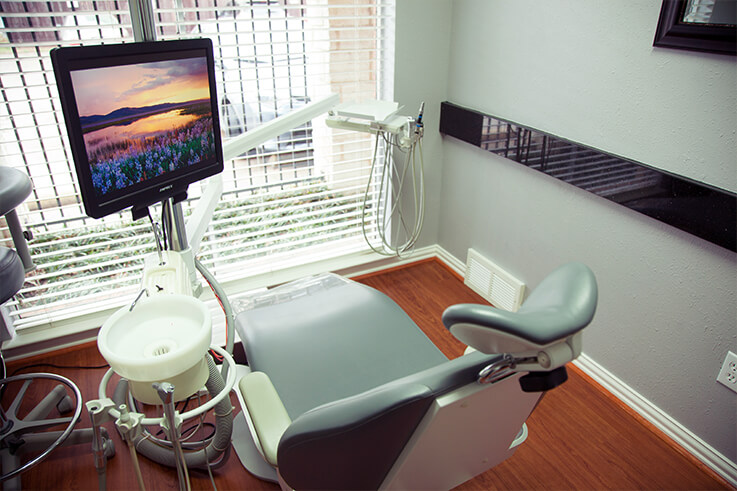 Thumbnail of state-of-the-art comfortable patient treatment room